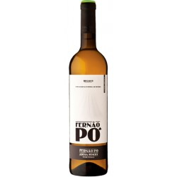 Regional white wine from the Setubal Peninsula