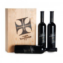 Wooden Box Set with 3 bottle of red wine